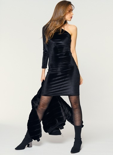 Loves You Tek Kol Abiye Kadife Elbise Siyah
